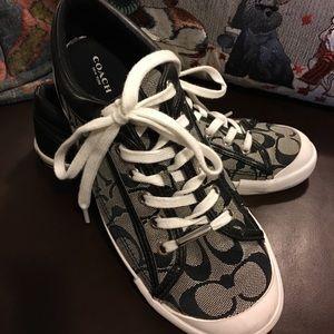 Coach monogram canvas sneakers 👟